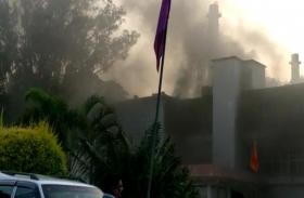 झारखंड पुलिस मुख्यालय में लगी भीषण आग, अफरा-तफरी में सुरक्षा में तैनात एक जवान ने पहली मंजिल से लगाई छलांग