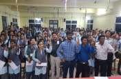 नैतिक मतदान विषय पर छाद्य-छात्राओं ने रखे विचार