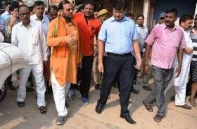 मंत्री ने कहा मैं नहीं करा सकता मंदिर का निर्माण, अयोध्या मामले पर इन नेताओं से करिए बात