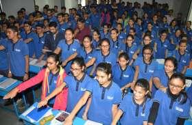 #shuddhkayuddha: फेक न्यूज से रहना होगा युवाओं को सावचेत