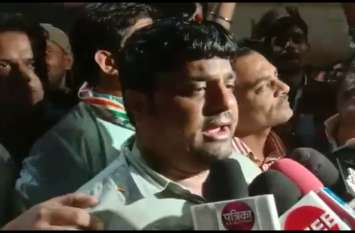 VIDEO : समर्थकों में पहुंचे कल्ला व यशपाल