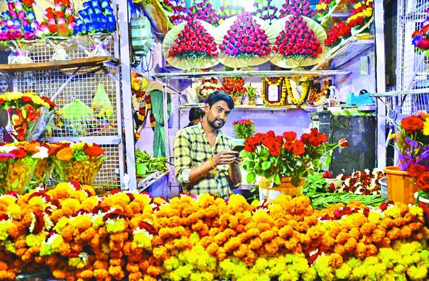 MP election 2018 : कोलकाता-पुणे का गुलाब तो इंंदौर-उज्जैन का गेंदा डिमांड में
