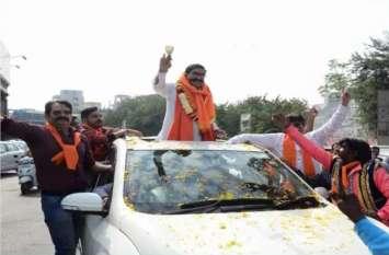 राजस्थान चुनाव 2018: ज्ञानदेव आहुजा के खिलाफ रुपए वितरित करने का मामला दर्ज