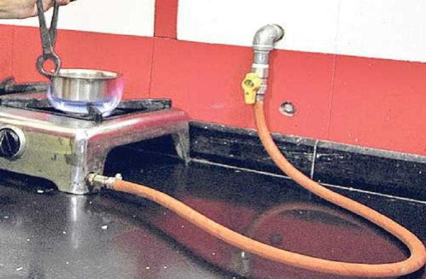 गोरखपुर में जानिए किस महीना से होगी पाइप लाइन से गैस आपूर्ति