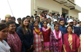 तस्वीरों में देखिए फिरोजाबाद में किस तरह मनाया गया वल्र्ड टॉयलेट डे
