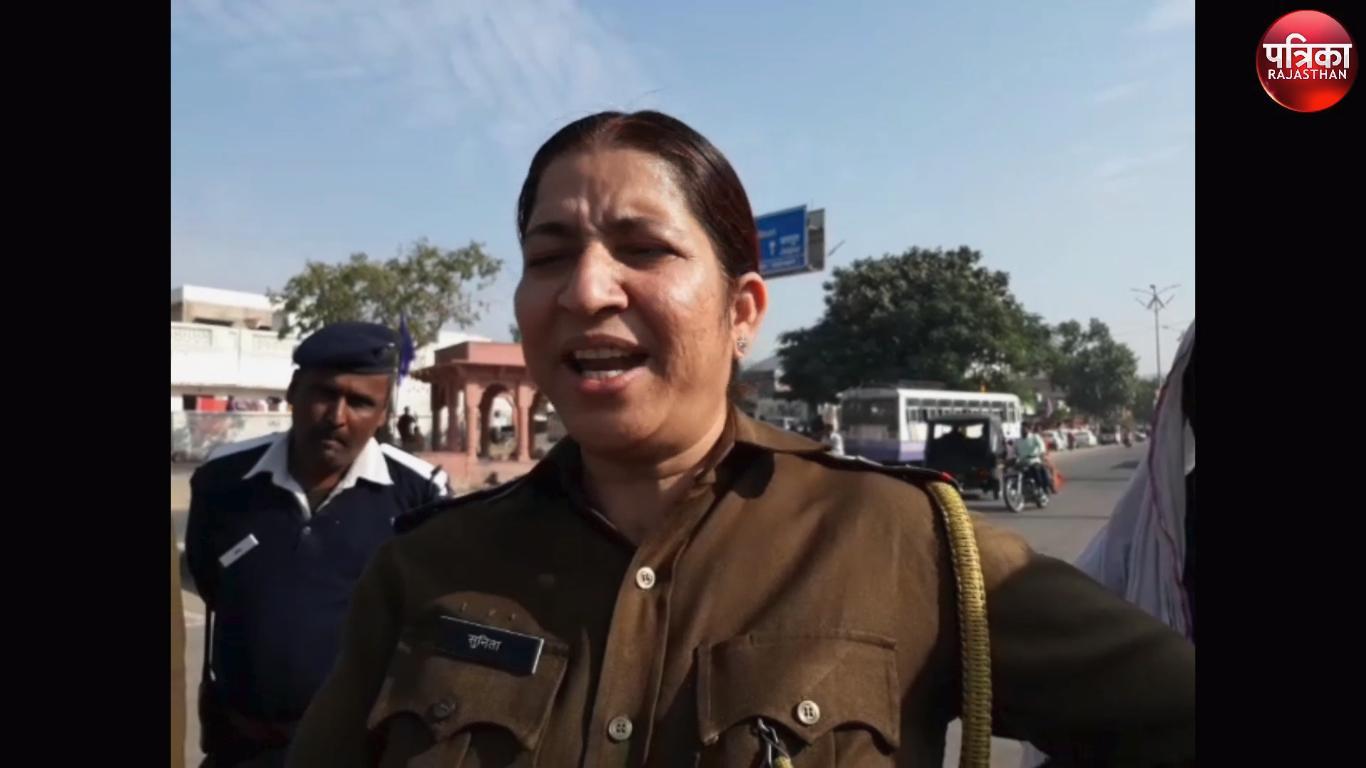 video : पुष्कर मेले में इस बात पर हुआ बवाल , पुलिस और संत हुए आमने-सामने