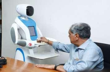 साइंस सिटी में रोबोट पूछेगा- चाय या कॉफी!, ऑर्डर देने पर बनाकर परोसेगा भी व्यंजन