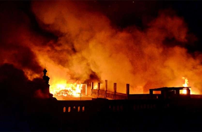 बड़ाबाजार, भवानीपुर, चितपुर, बांसद्रोणी और तपसिया में आग, दमकलकर्मियों ने दिखाई तत्परता