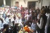 VIDEO : जनसंपर्क में निकले पूर्व मुख्यमंत्री गहलोत, मतदाताओं से कर रहे हैं चर्चा