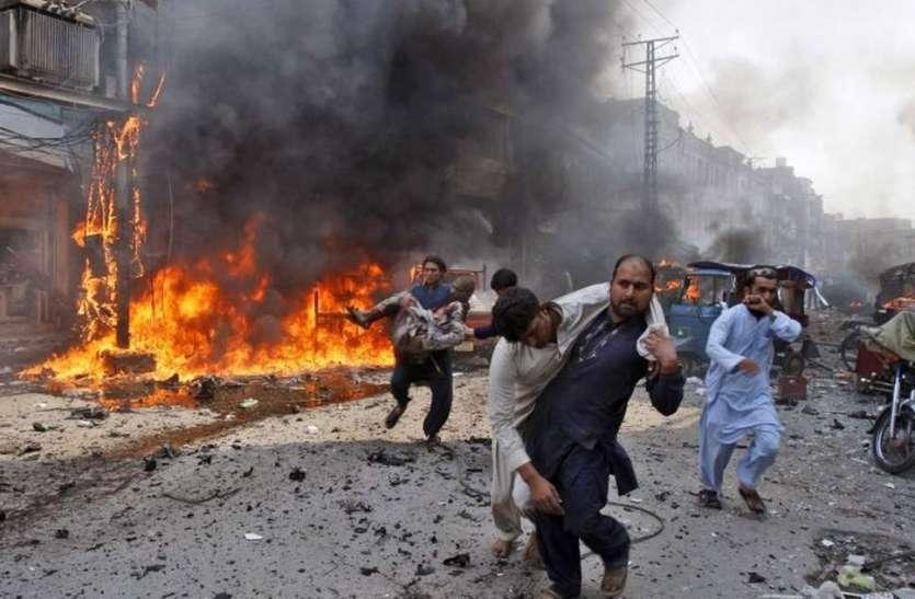 पाकिस्तान में दूसरा बड़ा धमाका, खैबर पख्तूनख्वा में जा चुकी हैं इतनी जानें, पीएम इमरान ने जताया शोक