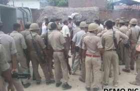 मिर्जापुर के बाद अब यूपी के इस जिले में बवाल, दो पक्षों में जमकर चले लाठी डंडे, भारी संख्या में पुलिस बल तैनात