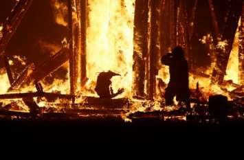लूट के बाद व्यापारी को जिंदा जलाया, अधजले नोटों में छिपे कई राज
