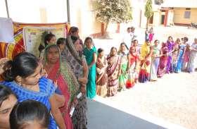 रिकॉर्ड तोड़ मतदान, बुरहानपुर में 76.30 नेपानगर में 77 प्रतिशत मतदान