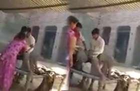 VIDEO पांच बीघा जमीन के लिए कलयुगी नाती ने बाबा के साथ जो किया उसे देख आपका खून खौल उठेगा