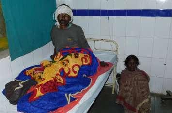 नक्सलियों ने ग्रामीण को मारी गोली, अस्पताल में भर्ती