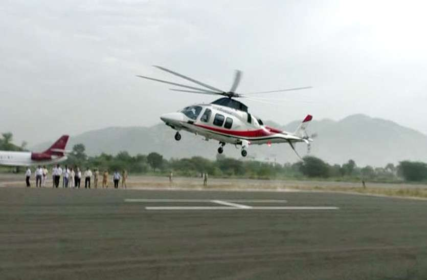 नेताओं की 'उड़ान' पर भारी निर्वाचन आयोग