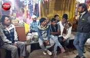 राजस्थान का रण : चुनावी चटकारे लेने हो तो चले आइए पान की दुकान, चाय की थड़ी या बुजुर्गों की महफिल में...