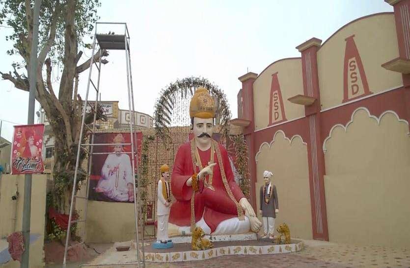 300 साल पुराने तीर्थ स्थल का दर्शन करने पाकिस्तान पहुंचे भारतीय हिन्दू, वाघा बार्डर पर हुआ स्वागत