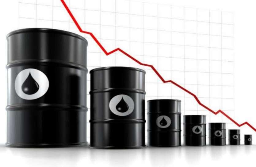60 डाॅलर प्रति बैरल के नीचे लुढ़का कच्चे तेल का भाव, सस्ते हो सकते हैं पेट्रोल-डीजल
