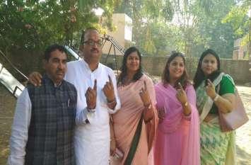 Rajasthan Chunav 2018 Live Update: जोधपुर शहर से भाजपा प्रत्याशी अतुल भंसाली ने किया मतदान