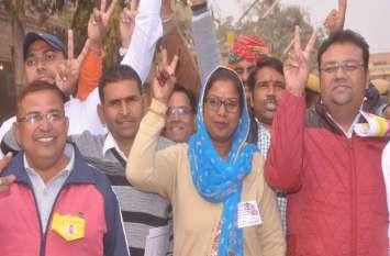 श्रीगंगानगर में मंगलवार मतगणना के आए नतीजों की देखे खास तस्वीरें