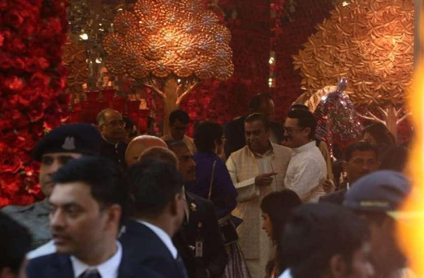 राजसी ठाटबाट के साथ हुई ईशा अंबानी की शादी, हाईप्रोफाइल मेहमानों का लगा जमावड़ा