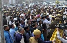 कांग्रेस में मुख्यमंत्री पद को लेकर खींचतान बढ़ी, नहीं बनी सहमति, अब दिल्ली करेगी फैसला