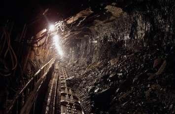अवैध कोयला खनन में फंसे 13 मजदूर, हादसे में सभी के मौत की संभावना