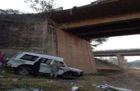 Big Breaking: कुम्हारी में तेज रफ्तार टाटा सूमो ब्रिज से टकराकर खारून नदी में गिरी, दो की मौत