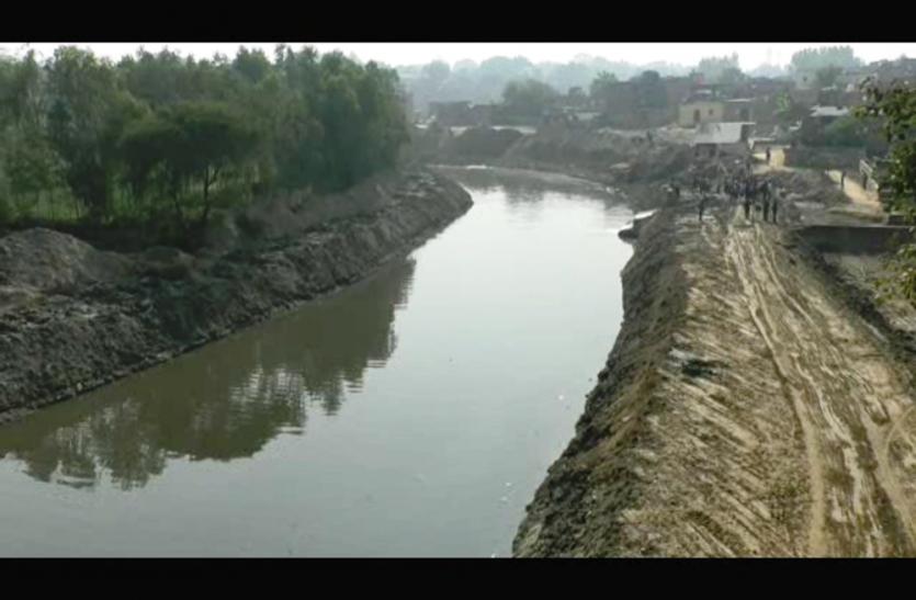 सरायन नदी को भगीरथ के रूप में मिला यह शख़्स, अपनी निधि से शख़्स ने कराया यह बड़ा काम, चारों ओर हो रही चर्चा