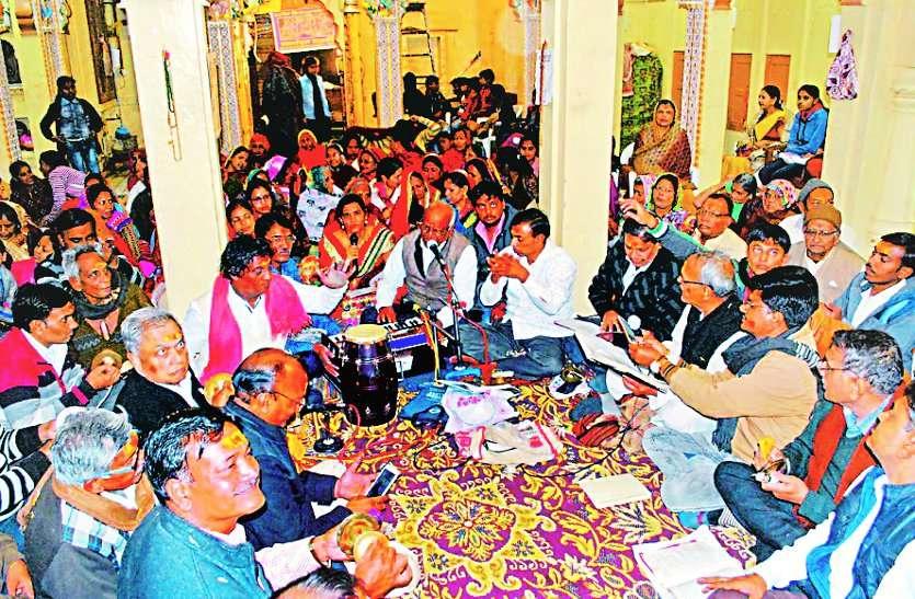 राम-जानकी विवाह आयोजन में उमड़ रहे श्रद्धालु