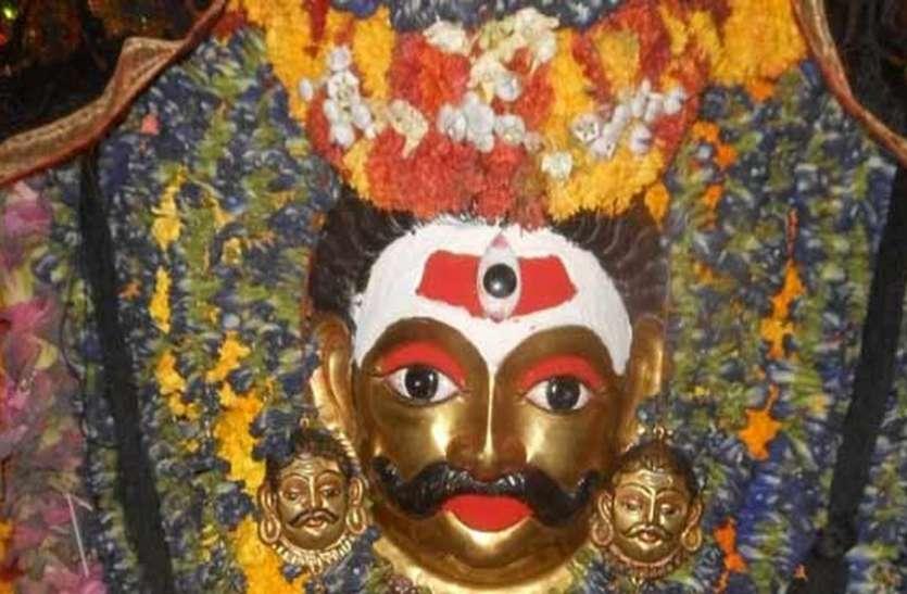 भेरूबाबा मंदिर में हुआ कुछ ऐसा, पुजारी ने कहा- मुझे बचाओ नहीं तो ले लूंगा समाधि