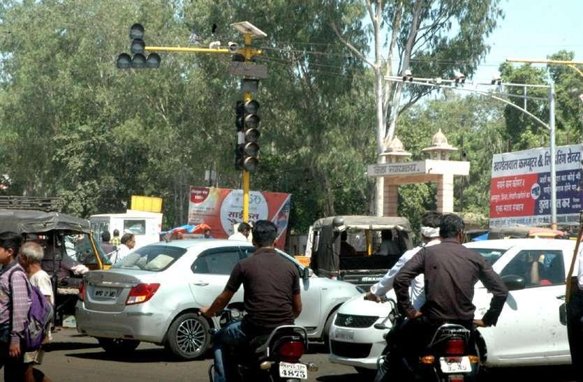 सड़क हादसों को रोकने चलेगा महाअभियान, परिवहन और पुलिस विभाग ने शुरू की तैयारी