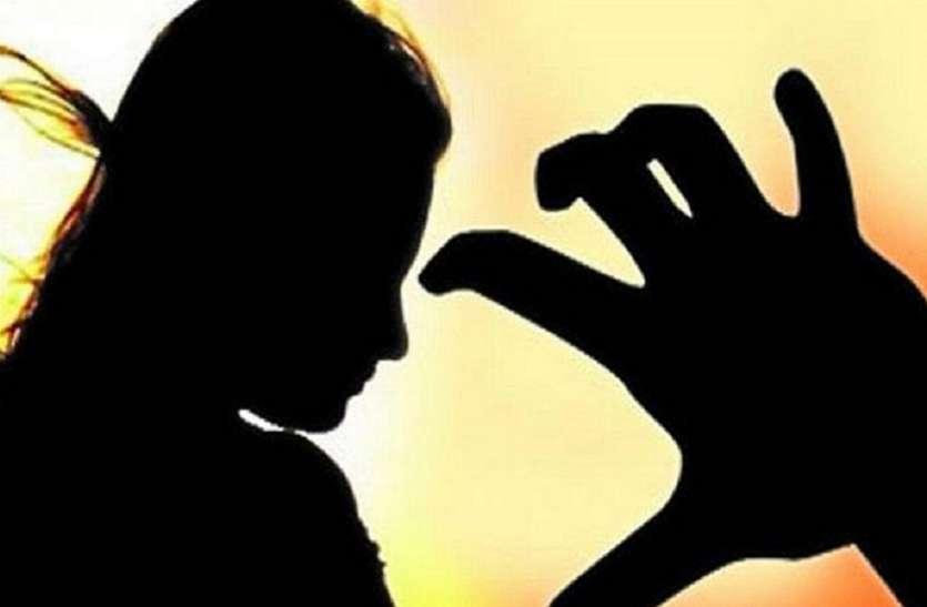 दिल्ली: सुल्तानपुरी में आधार कार्ड बनवाने गई युवती से किया गैंगरेप, आरोपी तक नहीं पहुंच पाई पुलिस