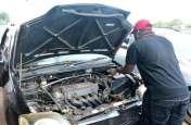 कार के इंजन के लिए खतरनाक हैं ड्राइवर की 4 ये आदतें, होता है लाखों का नुकसान