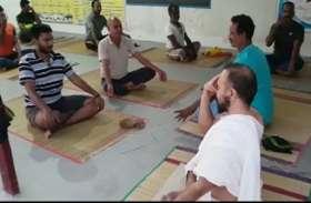 योगासन-प्राणायाम व ध्यान है अमृत के समान