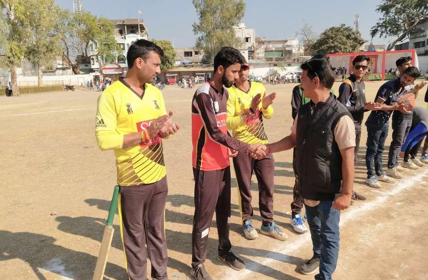 रोमांचक मुकाबले में 1 रन से जीती भोपाल की टीम