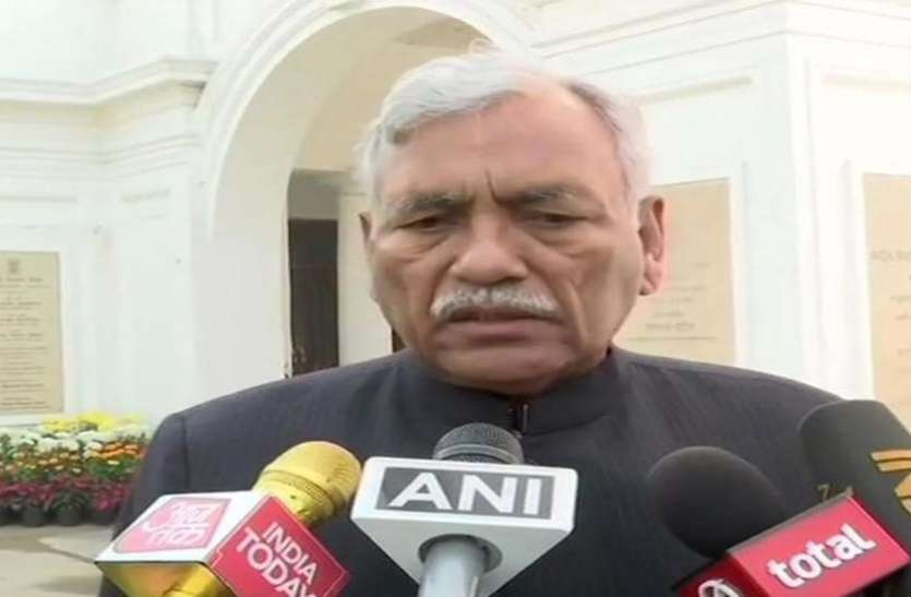 भारत रत्न विवाद: दिल्ली विधानसभा अध्यक्ष ने कहा-पारित प्रस्ताव में नहीं था राजीव गांधी का नाम