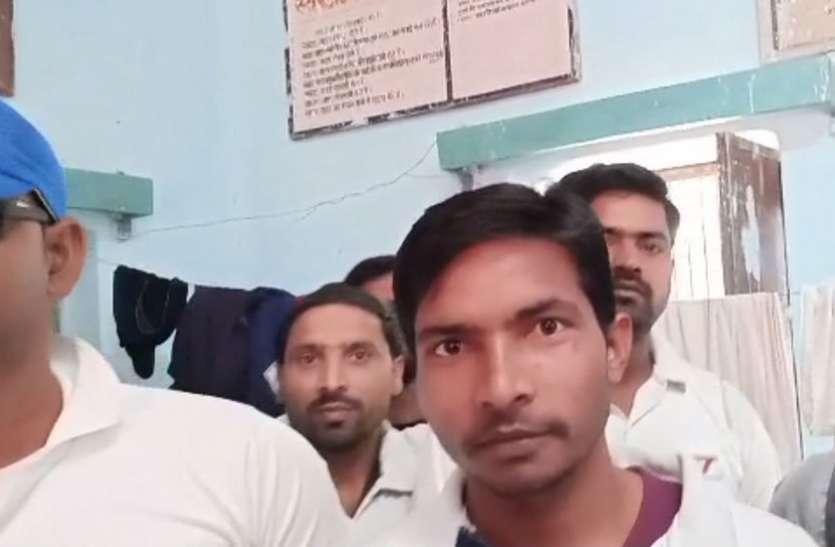 दिव्यांगता के अभिशाप को दूर कर देश में पहचान बना रहे ये दिव्यांग क्रिकेट खिलाड़ी, देखें वीडियो