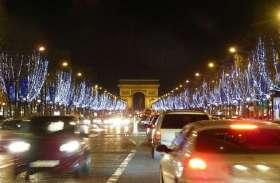दुनिया भर में धूमधाम से मनाया जा रहा है  क्रिसमस