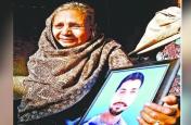 अमृतसर रेल हादसा: रावण का किरदार निभाने वाले मृतक दलबीर की पत्नी ने मुआवजा लेकर घर छोड़ा,राम भरोसे बूढ़ी मां