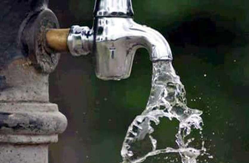 VIDEO: शुद्धिकरण के दावे हवा, चार महीने से आधे शहर को बिना फ़िल्टर पानी सप्लाई