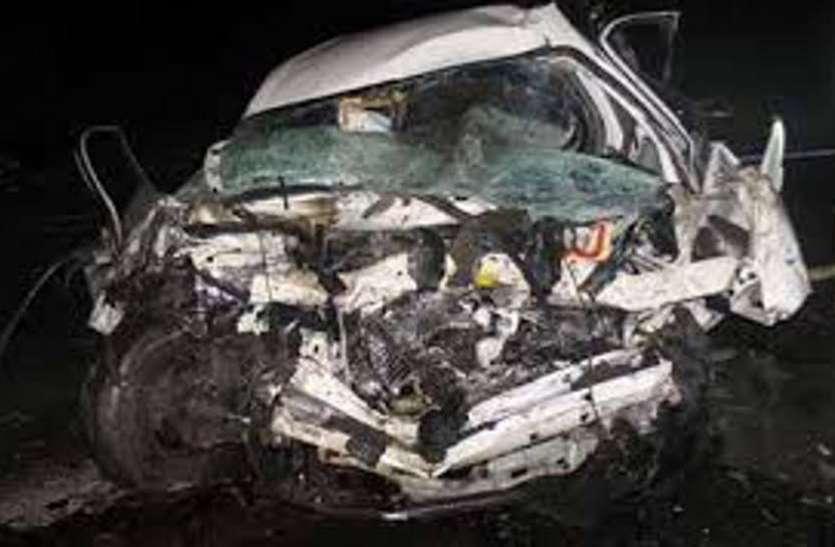 VIDEO ; भीण्डर में स्कूल वैन व बोरवेल गाड़ी में टक्कर, स्कूल के 5 बच्चे हुए घायल
