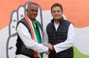 नीतीश कुमार को बड़ा झटका, जदयू के प्रदेशाध्यक्ष जलेश्वर महतो कांग्रेस में शामिल