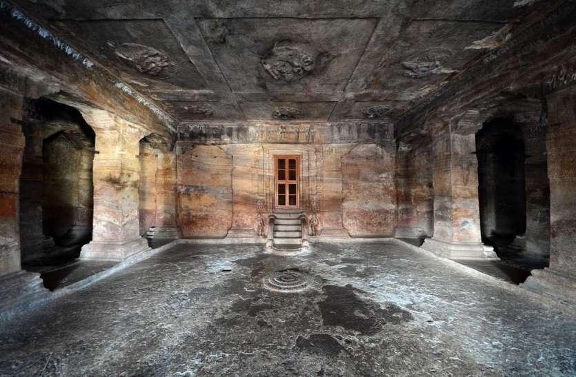 भारत की इस प्रसिद्ध व सुंदर गुफा मंदिर का सच जानकर हैरान रह जाएंगे आप, जानिए क्या है खासियत