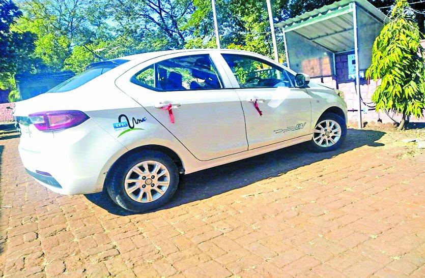 ऊर्जा विकासनिगम तक रह गया ई-कारों का नवाचार