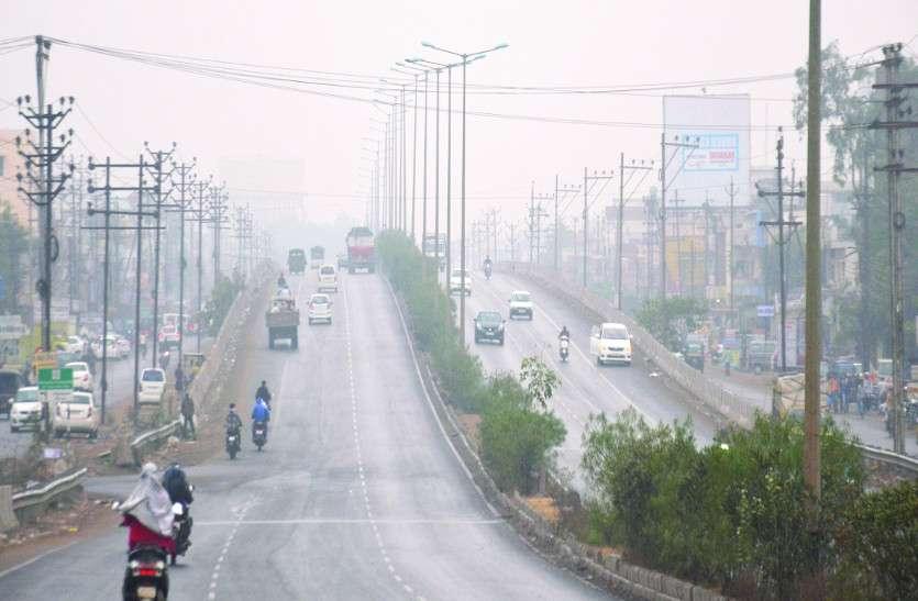 दिन में पड़ रही कड़ाके की ठंड, मौसम विभाग ने दी शीतलहर की चेतावनी