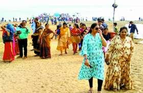 नए साल का जश्न मनाने गंगरेल बांध में सैलानियों की लग रही भीड़