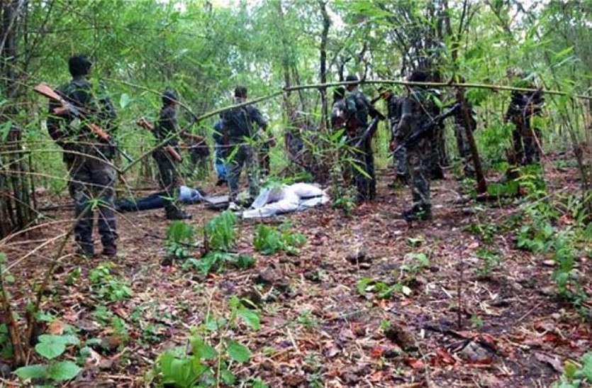 Naxal attack : 45 मिनट चली मुठभेड़, गोलीबारी में 5 लाख का इनामी नक्सली ढेर