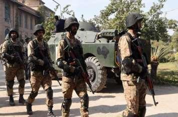 नए साल के पहले दिन दहल उठा पाकिस्तान, बलूचिस्तान सैन्य शिविर पर हमले में 8 की मौत